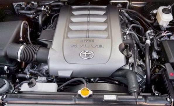 2016 Toyota Sequoia Aggressive look