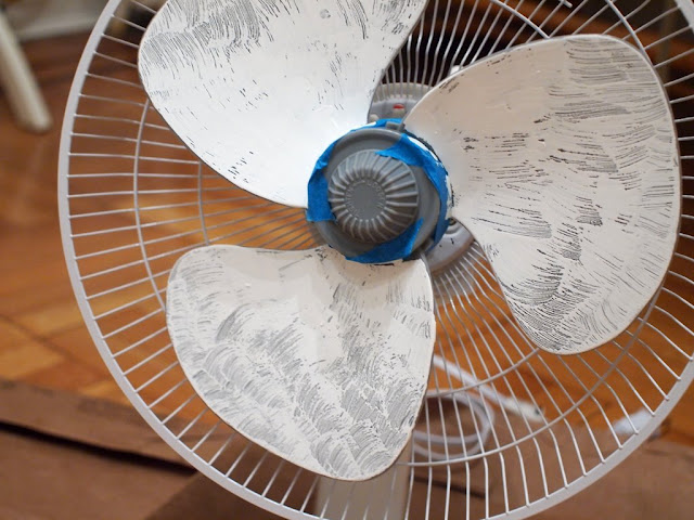 how to DIY a rainbow fan
