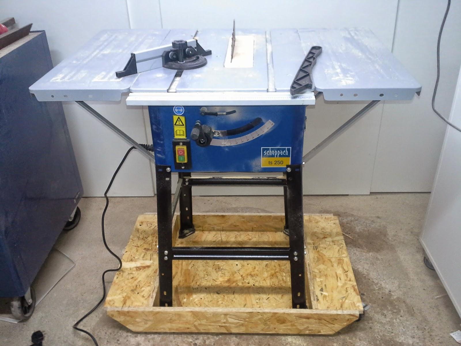 holz und metall ein heimwerkerblog rollbrett f r tischkreiss ge. Black Bedroom Furniture Sets. Home Design Ideas