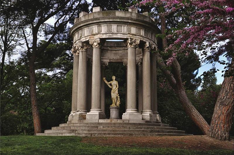 Caminando por Madrid: La estatua de Venus del parque del ...