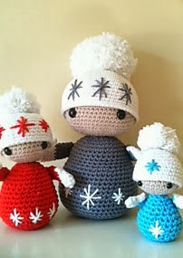http://www.ravelry.com/patterns/library/winter-dolls