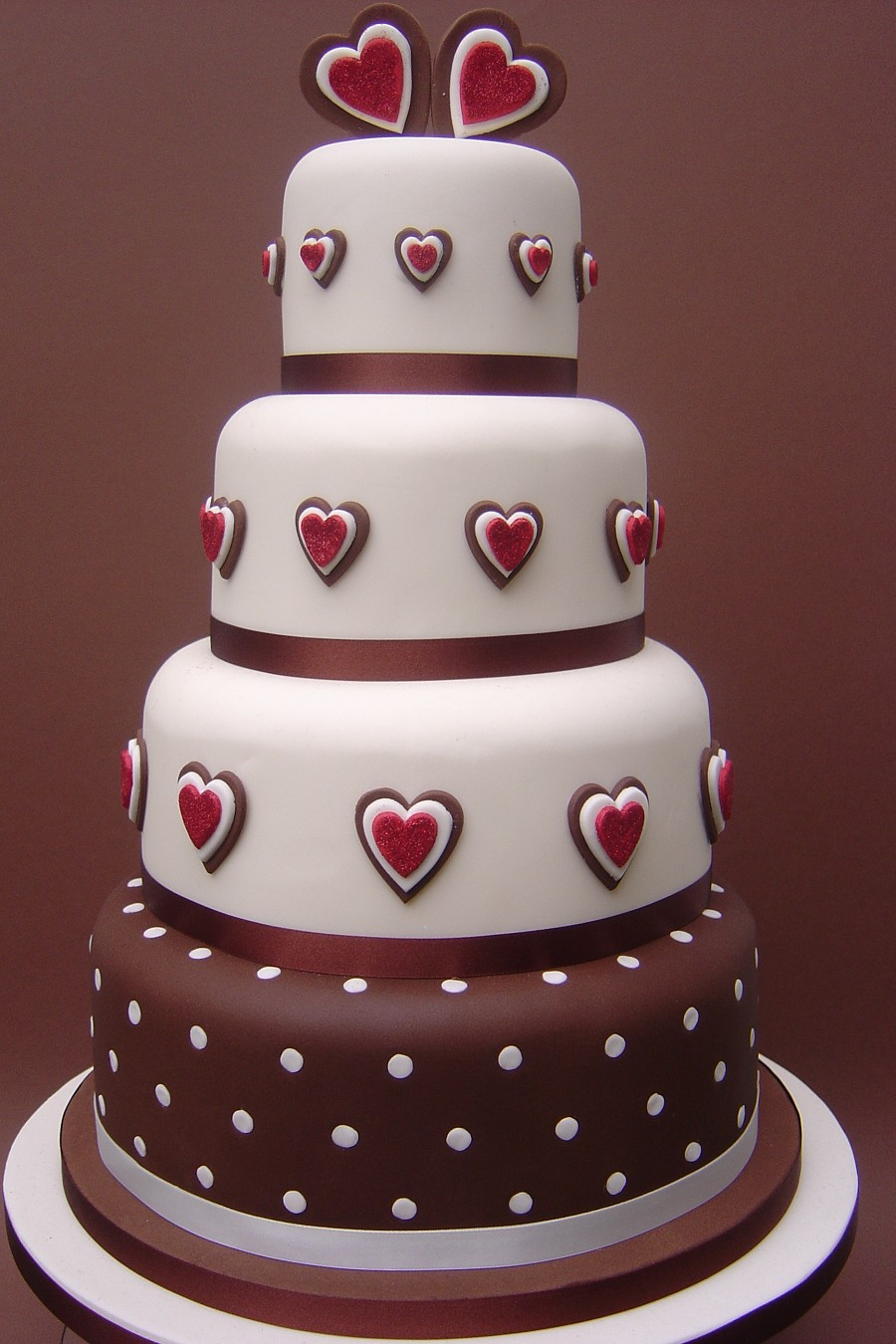 Brilliant Heart Chocolate Wedding Cake 900 x 1350 · 213 kB · jpeg