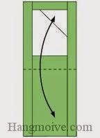 Bước 7: Gấp đôi tờ giấy lại một góc.