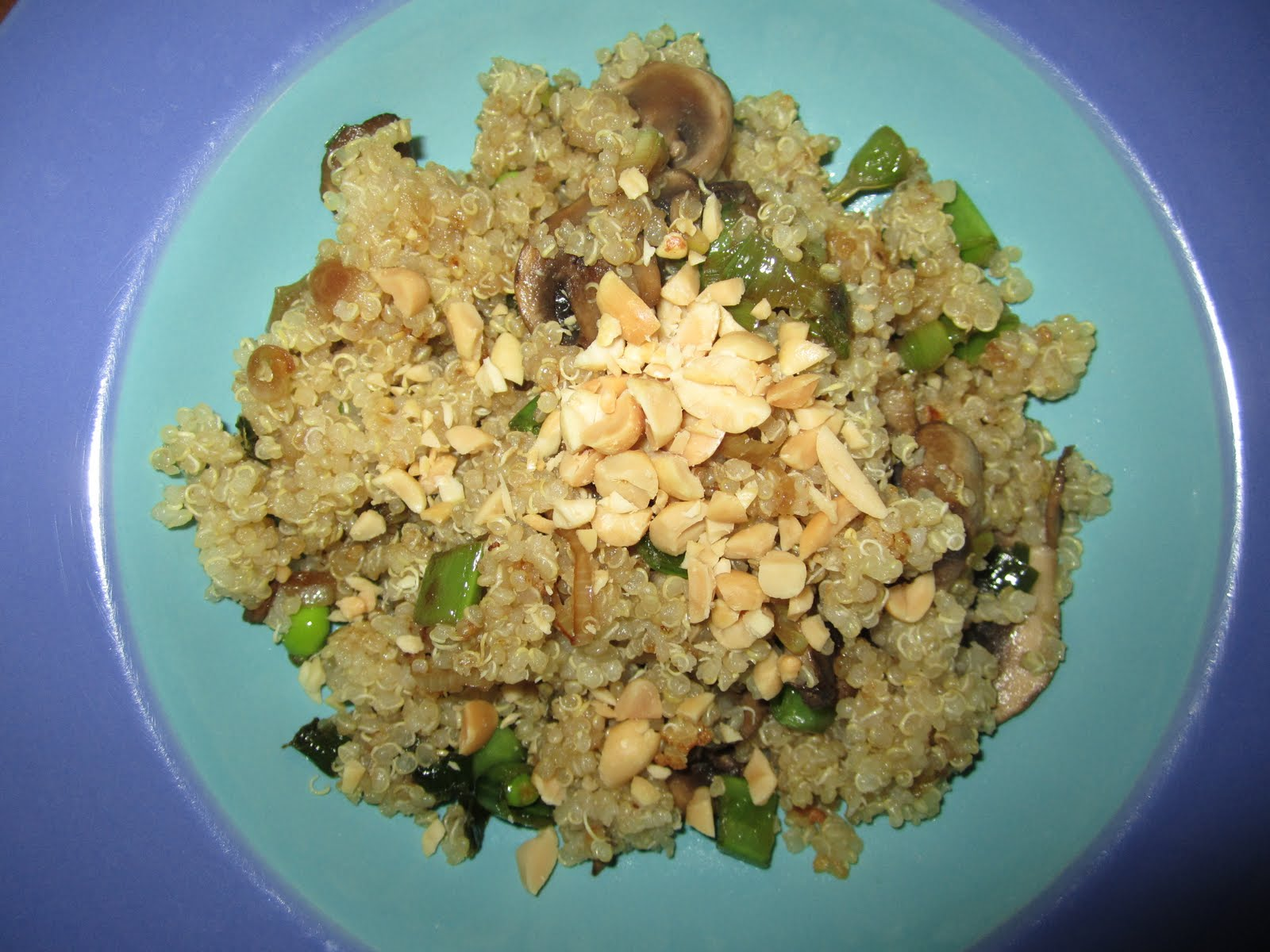 Boushell and a Peck: Quinoa with mushrooms and snap pea pods