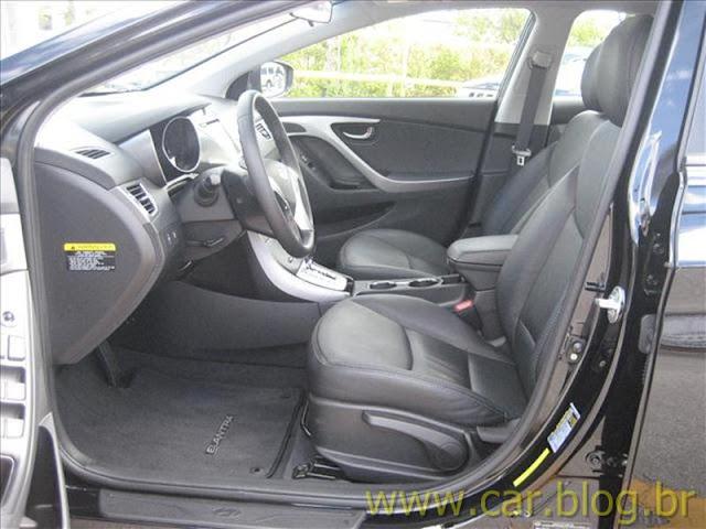 Hyundai Elantra 2012 GLS 1.8L Automático - bancos dianteiros