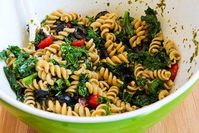 Pasta Salad Recipe with Fried Kale, Tomatoes, Olives, Feta, and Pesto ...