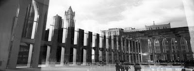 Couverture journal facebook World Trade Center noir et blanc