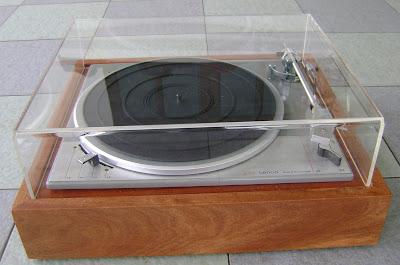 Lenco L75 turntable ( Used ) Sold Lenco%2BL75%2Bfront%2B11