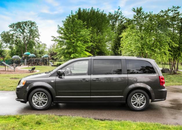 2014 Dodge Grand Caravan grey
