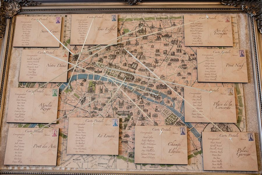 escort card sign, map of paris sightseeing spots