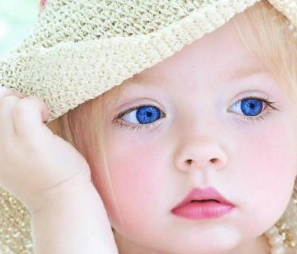 http://4.bp.blogspot.com/-VuRfpg6CPZ0/T8W8moAPCrI/AAAAAAAAHKY/VnLiPlfga0U/s1600/cute_baby.jpg