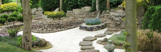 foto diseño jardin hermoso - piedras y plantas - arquitectura del paisaje