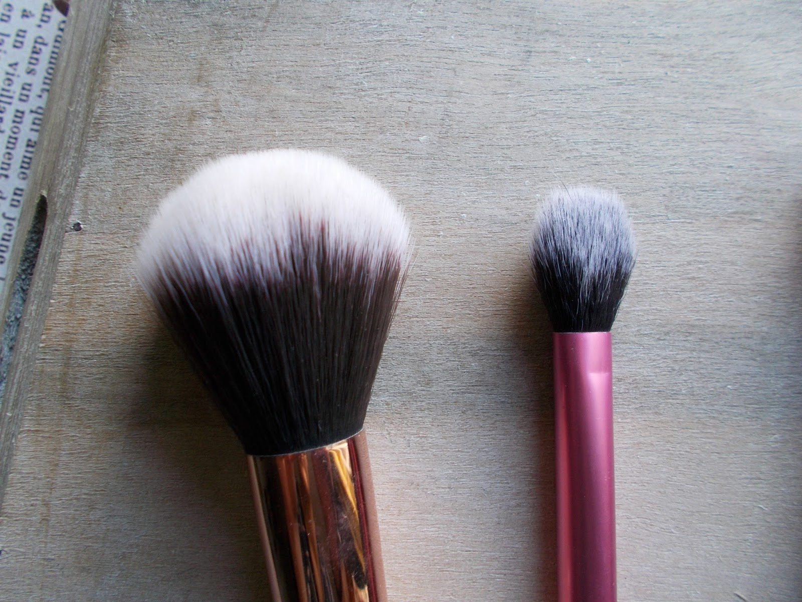 favourite makeup brushes zoeva powder real techniques setting brush