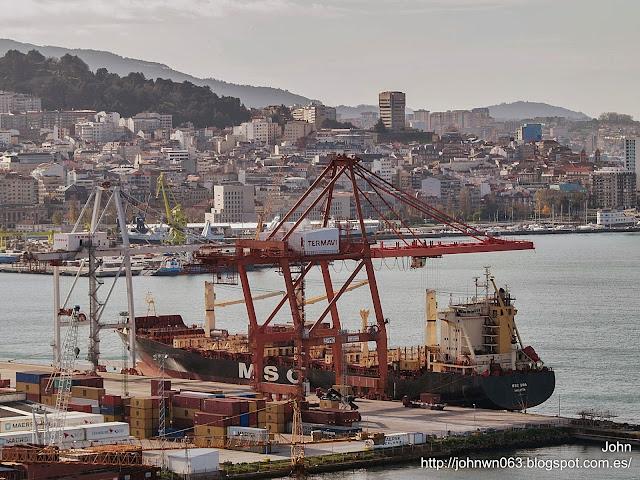 fotos de barcos, imagenes de barcos, msc uma, contenedores, container ship, vigo