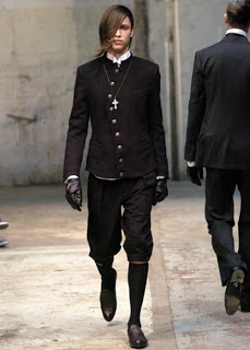 Galler Serpentine Another Excellent And Long Standing Aussie Label Offers A Range Of Mens Coats Including This Plain Black Matrix Style Priest Coat