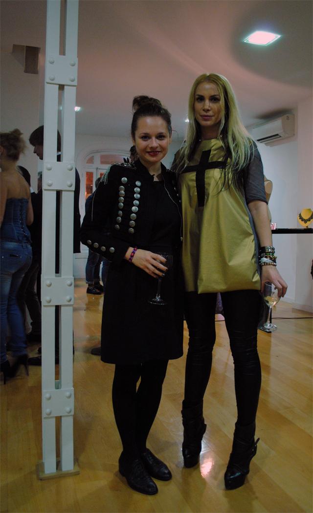 moda rumana femenina Laura Lazar
