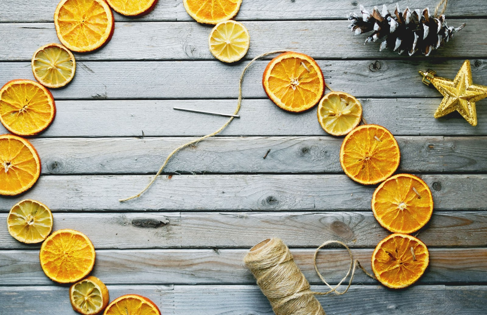 Drying Out Oranges Christmas Decorations Woman In Real Lifethe Art Of The Everyday Dried Orange Lemon
