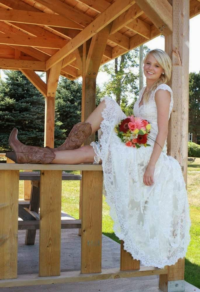 Long Wedding Dresses Cap Sleeves Cowboy Boots Design pictures hd
