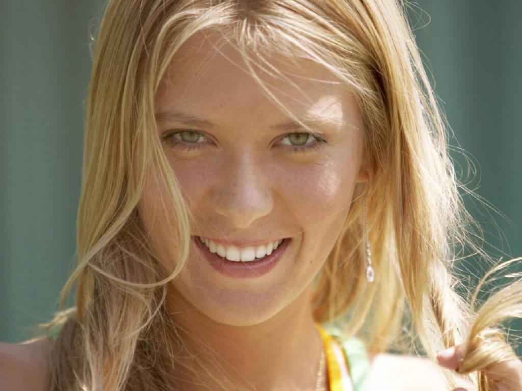 http://4.bp.blogspot.com/-VvJaxWbNDWo/TmWZ0YGTDHI/AAAAAAAABdQ/M1WRrWGJ9po/s1600/Maria+Sharapova+4.jpg