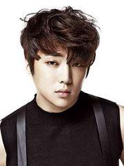 Biodata Kang Seung Yoon Pemeran Ji Won Young