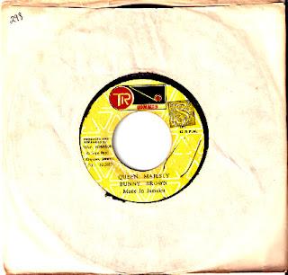 Bunny Brown & Ranking Joe - Queen Majesty