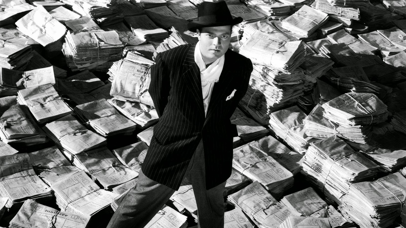 citizen kane directed by orson welles Citizen kane (1941) directed by orson welles home / movies / citizen kane / analysis / symbols and tropes /  it wasn't exactly a secret that welles was taking a sharp bite at william randolph hearst in this film.