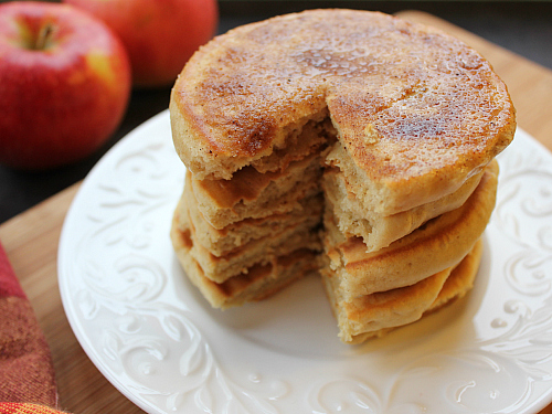 love, laurie: apple cider doughnut pancakes