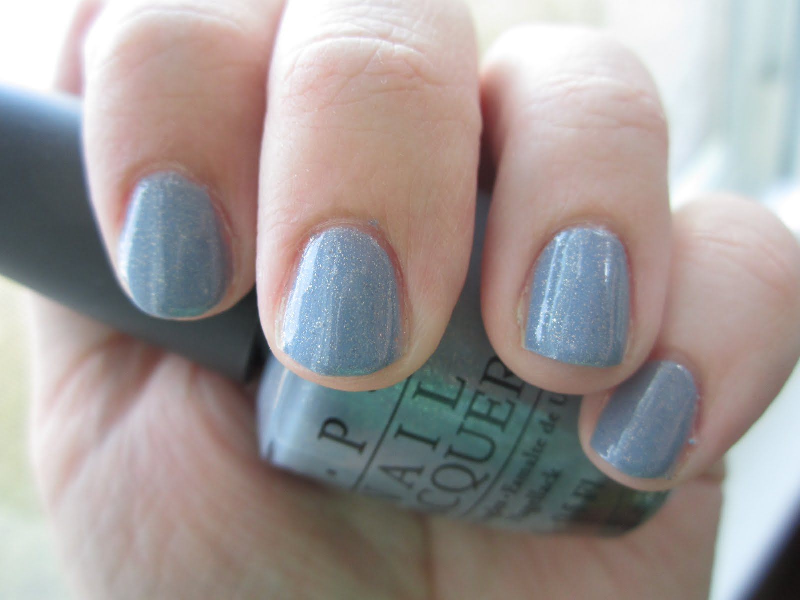 Muffin\'s Beauty: NOTW: OPI I Don\'t Give A Rotterdam!