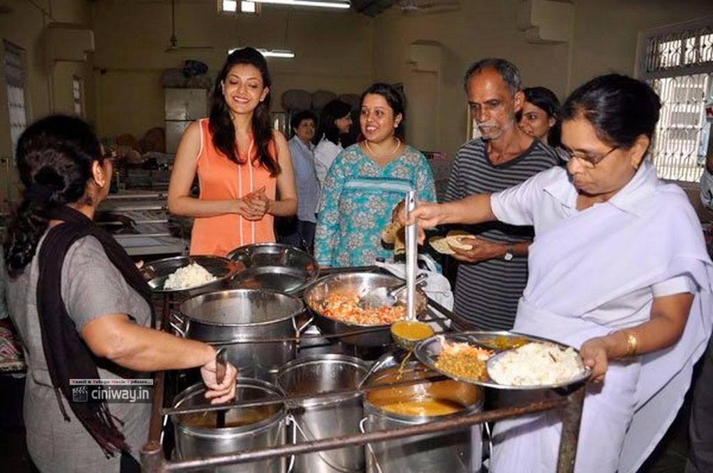 Kajal-Aggarwal-Birthday-with-Anand-Niketan-NGO-Kids