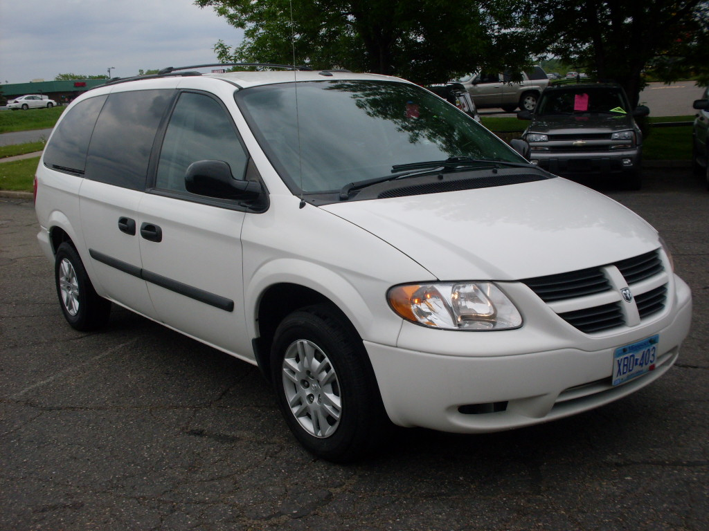 Dodge Caravan White on 1997 Dodge Laramie 1500