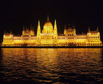 Budapest Late Night Danube River Cruise, Hungary