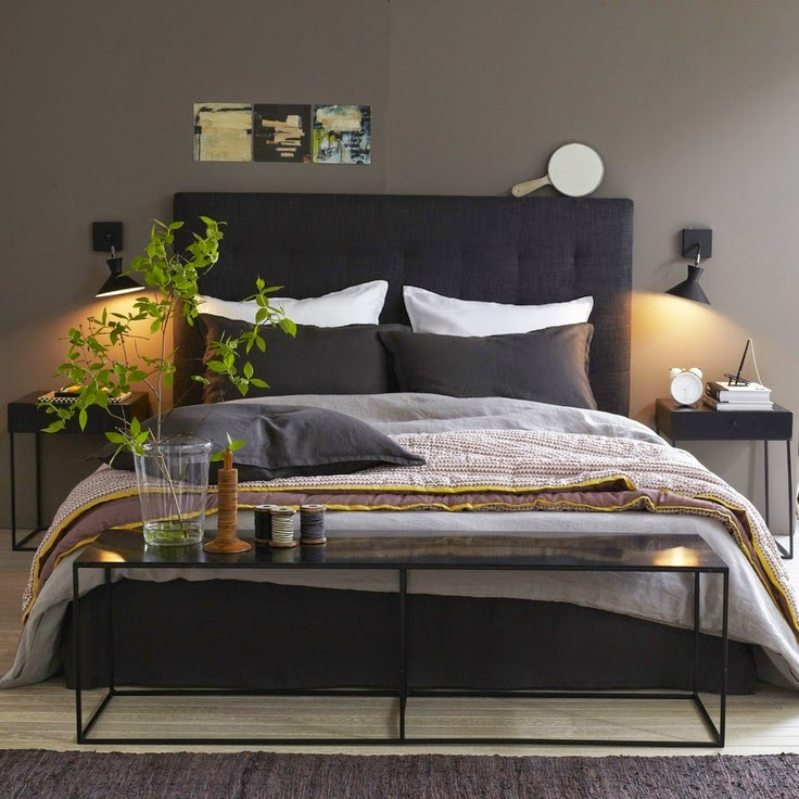 d couvrir l 39 endroit du d cor chambre fonc e. Black Bedroom Furniture Sets. Home Design Ideas