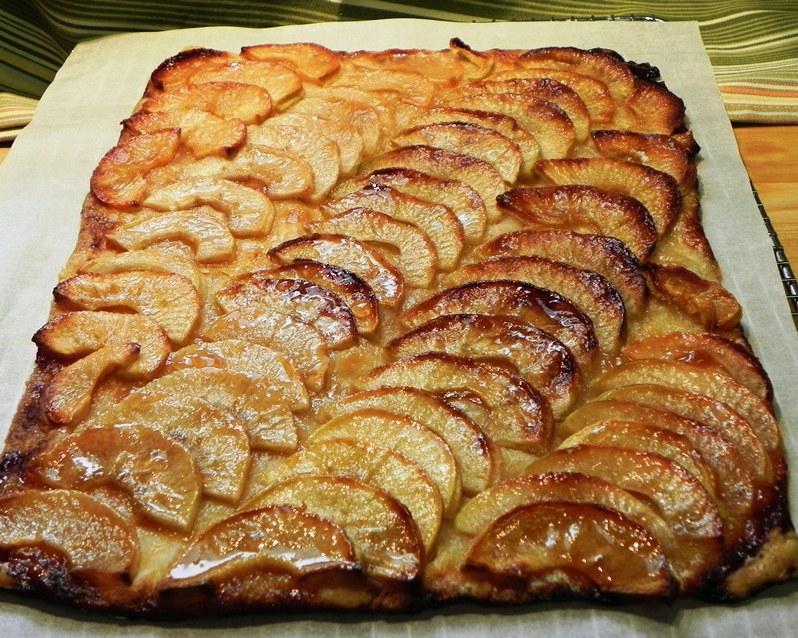 The Iowa Housewife Barefoot Contessa Apple Tart