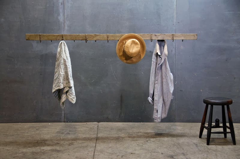 Sexy industrial suspended garment rack project b so for Colgadores para ropa