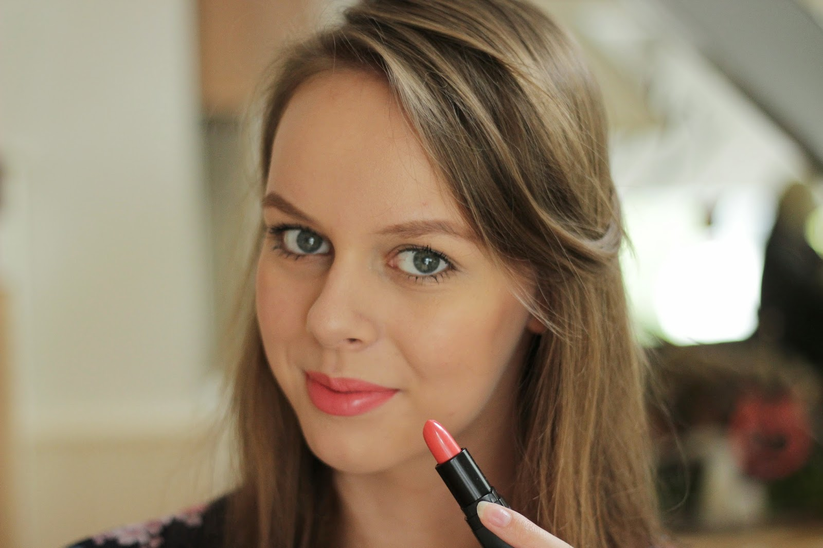 review ELF moisturizing lipstick coral cutie