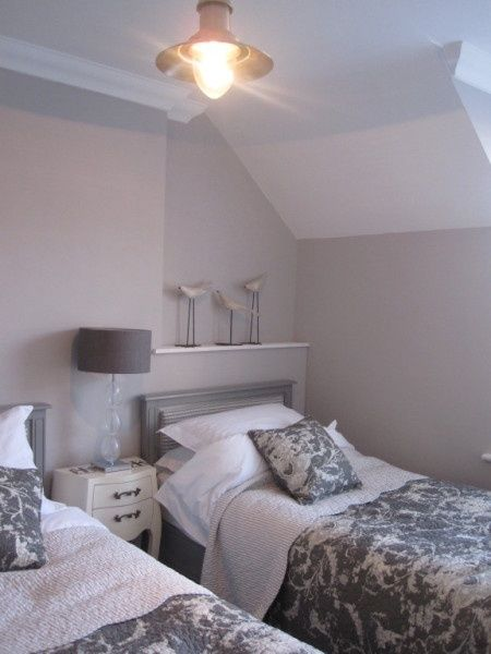 De andar por casas gama de grises para tus paredes - Habitaciones pintadas en gris ...