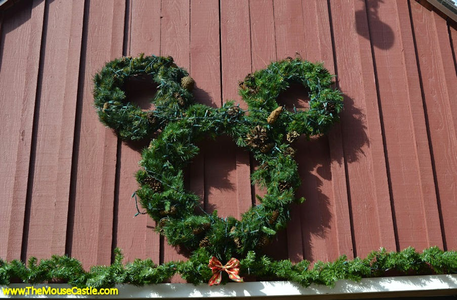 Happy Holidays From Walt's Barn!
