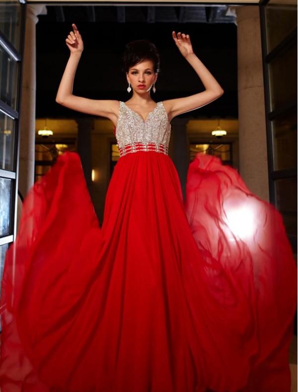 Chiffon V-Neckline Sheath Prom Dress with Sequined Bodice