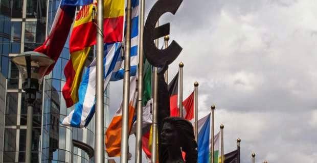 Από τις Βρυξέλλες στο Παρίσι και απ' τον Απρίλη στον Ιούνη