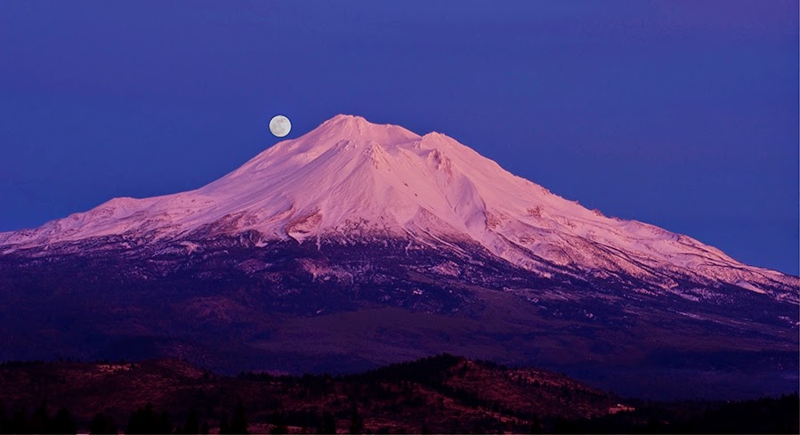 mount shasta retreat experiences