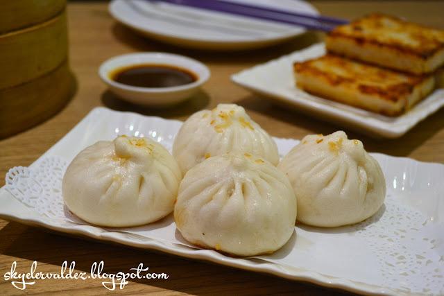 Shanghai Pork Bun - Crystal Jade Shanghai Delight Weekday Dimsum Buffet
