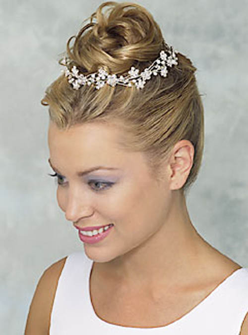 Impressive Wedding Hairstyles Short Hair 500 x 677 · 37 kB · jpeg