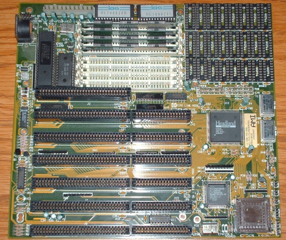 Type of slots on motherboard