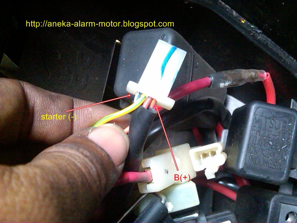 RUMAH ACCESSORIES III: Contoh cara memasang alarm motor