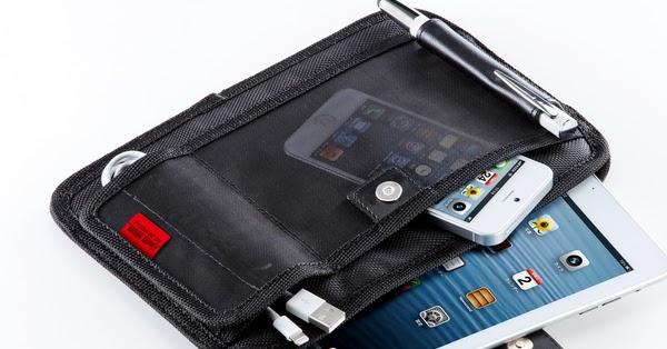 【サンワサプライ】iPad/iPad mini用のアクセサリ収納ケース