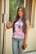 Pooja jhaveri new glam pics-thumbnail-16