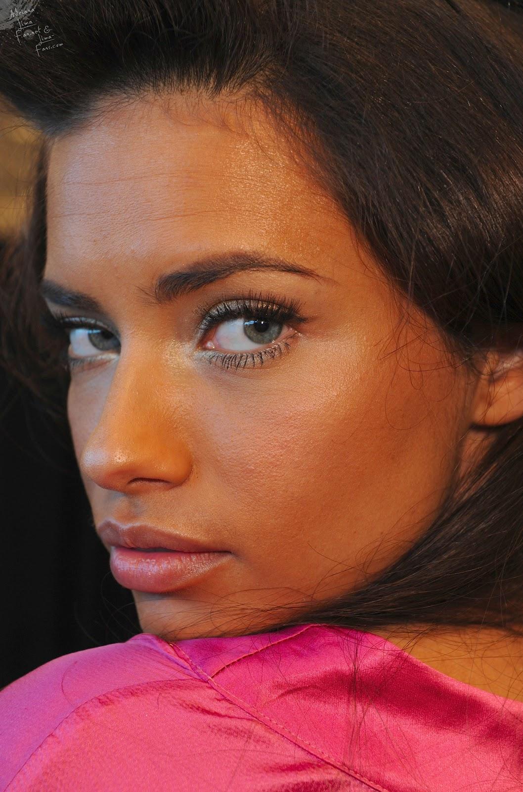 http://4.bp.blogspot.com/-VxkcJxzaZ-Q/UHCaA0NveII/AAAAAAAABuY/mO_pPFLV0fk/s1600/victoria_secret_fashion_show_2008_makeup_039.jpg