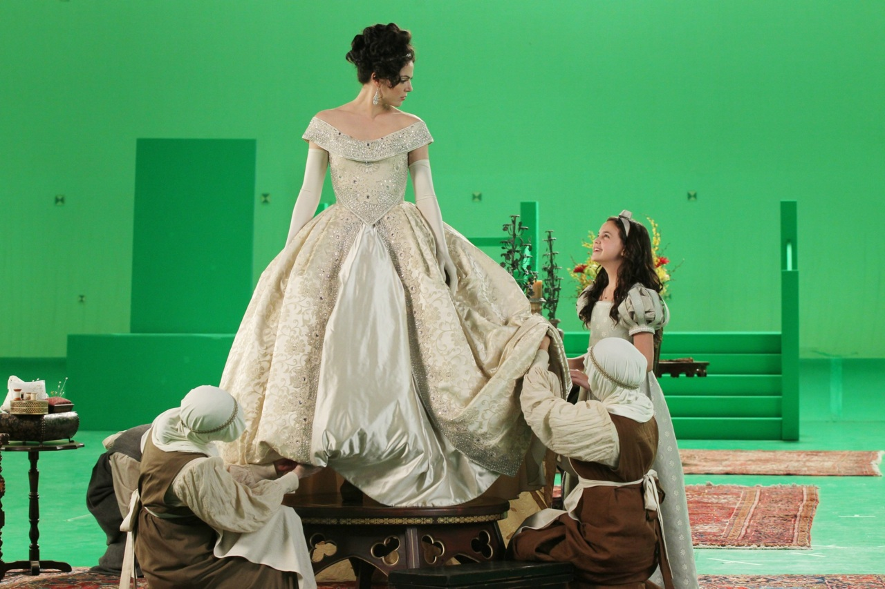 Just a girl geek once upon a time the stable boy for Snow white wedding dress once upon a time
