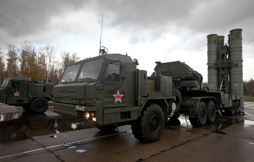 Russian S 400 Triumph Long Range Air Defense Missile