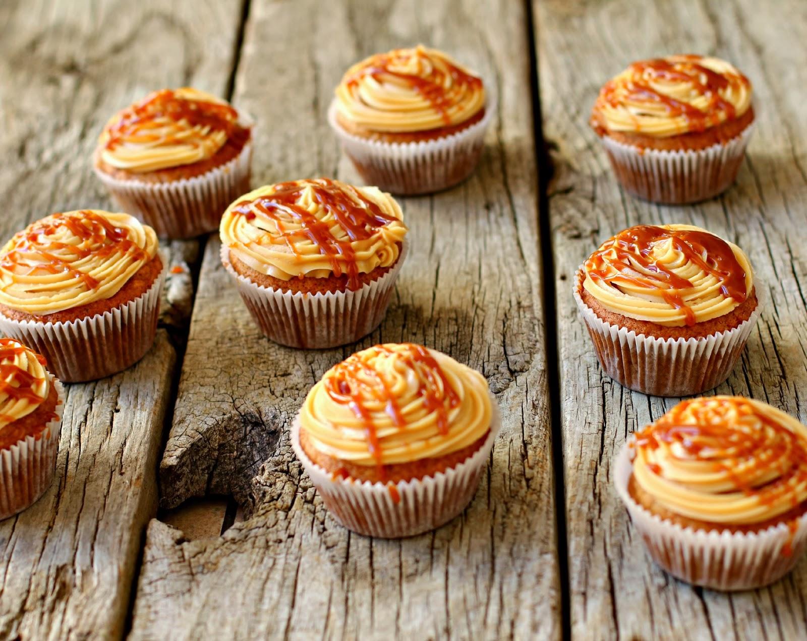 ... Honey: Banana Cupcakes with Rum Caramel Frosting and Rum Caramel Sauce